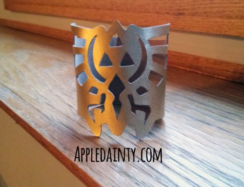 Tutorial & Free Pattern: Cutting a Leather Hyrule Crest Bracelet with the Silhouette Curio