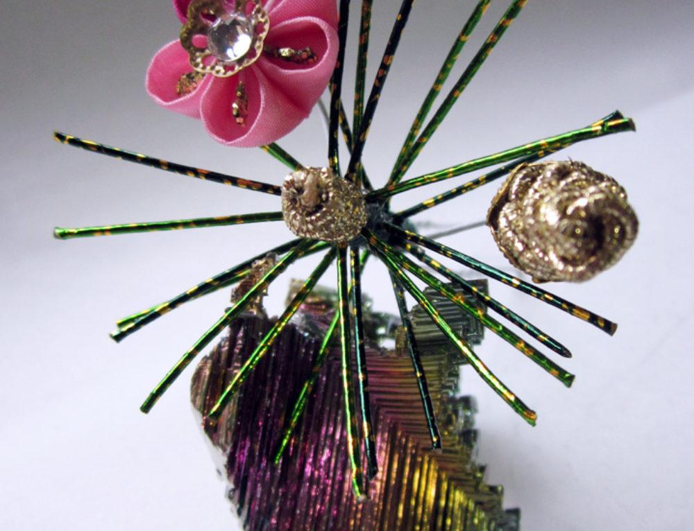 Pine Needle, Pine Cone & Plum Kanzashi