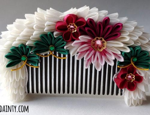 Chrysanthemum & Pine Kushi (Comb)