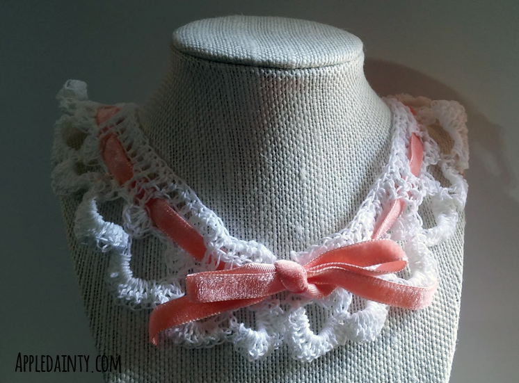 Tutorial and Free Pattern: Crochet Lace Collar with Ribbon